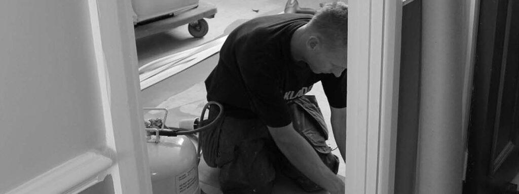 Flooring B & W 1060 x 600 main