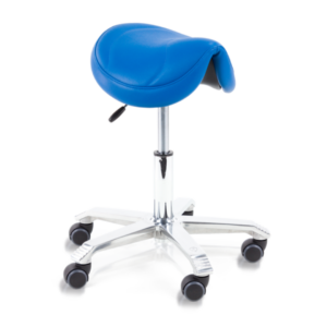 The Score Amazone saddle is the narrow seat and comes with standard tilt.